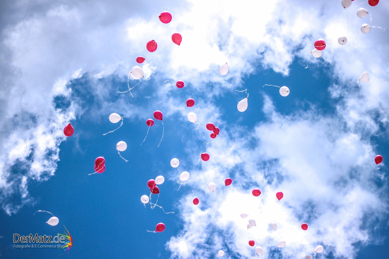 Luftballons zur Hochzeit, rot und weiß
