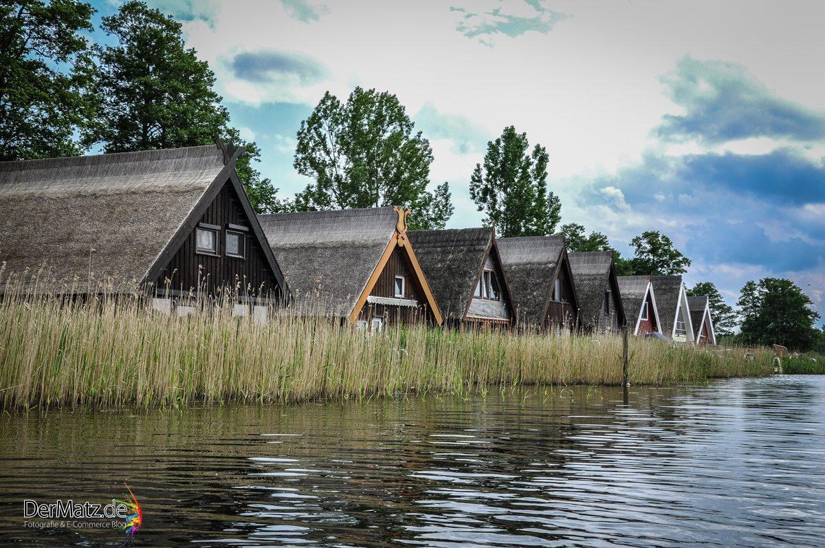 Ferienwohnungen mit Reetdächern in der Mecklenburger Seenplatte