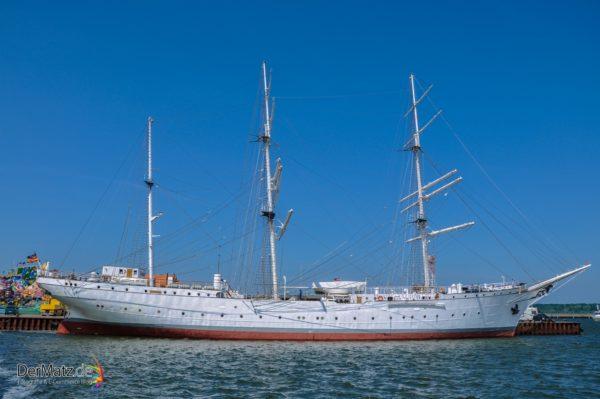 Gorch Fock in Stralsund Quer- Ehemaliges Seegelschulschiff